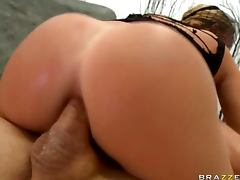 Krissy Lynn Gets Anal Sex And Takes Cum On Her Veil In Gonzo tube porn video