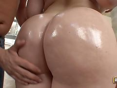 Hugely Breasted Big Assed Brunette Daphne Rosen's Awesome Cock Ride tube porn video