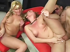 MFF threesome with blonde babes tube porn video