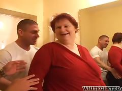 Fat granny gets her pussy and asshole drilled hard tube porn video