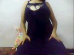 Mature Indian girl stripping and showing juicy tits on yahoo webcam tube porn video