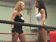 Jessica Moore and Kyra Black fight on a ring and practise face sitting tube porn video