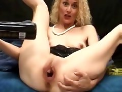BOTTLE OF WINE PUSSY MILF INSERTION tube porn video