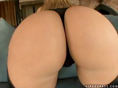 Big booty Alexis Texas gets fucked cowgirl style on a sofa tube porn video