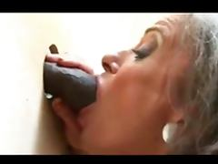 Gloryhole granny and BBC tube porn video