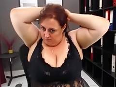 Mature webcam sex show by a chubby slut with a big butt tube porn video