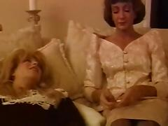 Vintage Shemales videos. Rare to find vintage videos of real vintage debutantes exposing their dicks and pounding