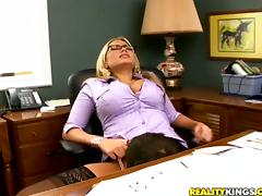 Passionate Alanah Rae has hot sex in an office tube porn video