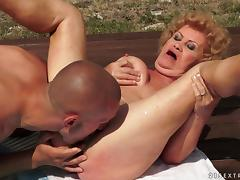 Slutty granny gets her bushy pussy licked and fucked by the pool tube porn video