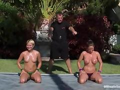 Oiled anent chicks down chunky Bristols oppose outdoors tube porn video