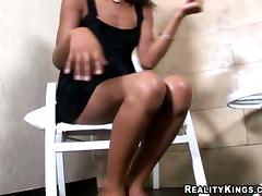 Black shemale Jenyfer shows her BBC not present increased by gets her botheration out of kilter tube porn video
