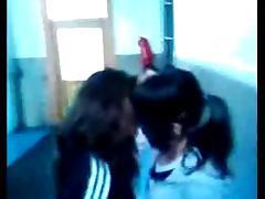 Irene et Laura Lesbienne LOL tube porn video