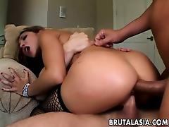 Two dudes totally destroy Roxy Jezel tube porn video