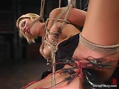 Vendetta enjoys having lots of wires on her vag in BDSM clip tube porn video
