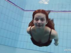 UnderwaterShow Video: Zuzanna tube porn video