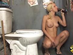 Scrumptious Jada Stevens Masturbates While She Sucks A Big Black Cock tube porn video