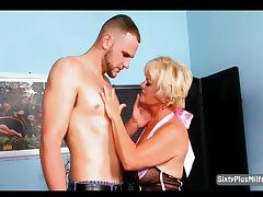 Hot granny likes this muscle stud tube porn video