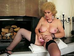 Busty Effie is a needy Grandma. She hasnt got anyone around to fill her needs and she is feeling tube porn video