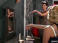 Aaliyah Love and Veronica Avluv lick and toy each other's hot butts tube porn video