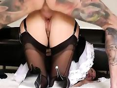 Mature stockinged cosplay maid tube porn video