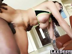 Hot Lylith Lavey sex with Lexing Steele tube porn video