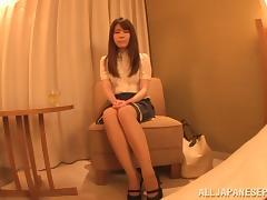 Riona Kizaki hot milf solo stimulates her Asian pussy tube porn video